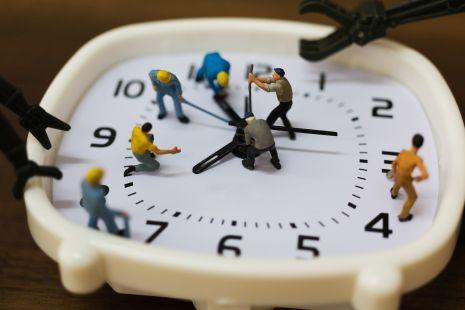 Így osszuk be az időnket hatékonyan: időmenedzsment tippek budapesti munkavállalóknak és álláskeresőknek